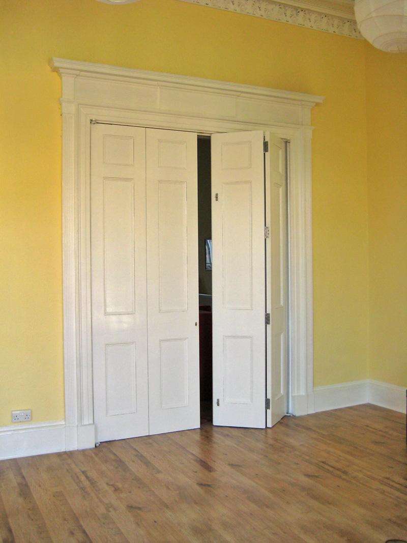 Bi Folding Doors Internal 800 x 1067