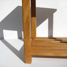 oak-side-table-close